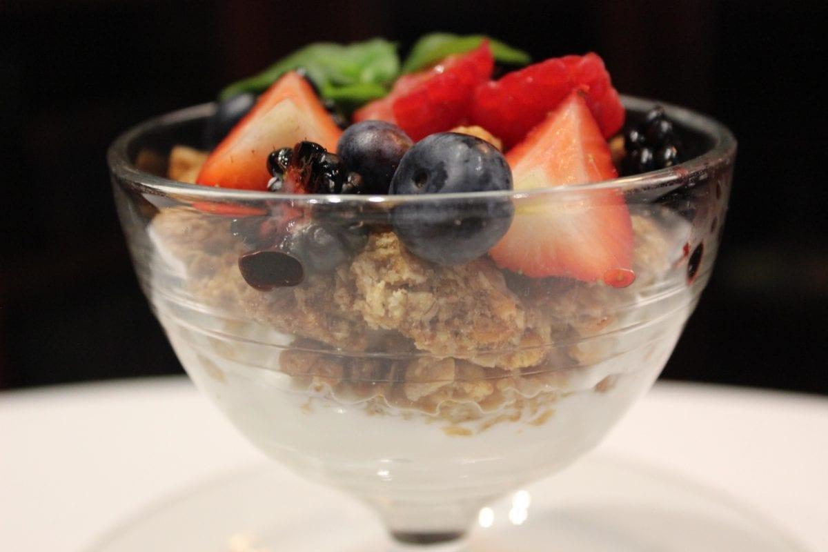 The Lambs Club - Yogurt Parfait3